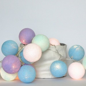 10 kul Baby Lavender Cotton Ball Lights