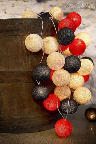 20 kul Warm Red Cotton Ball Lights