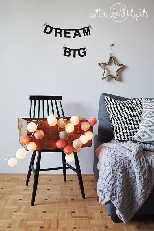 50 kul Petit Cotton Ball Lights