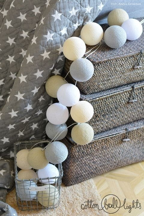 35 kul by Pretty Pleasure Cotton Ball Lights